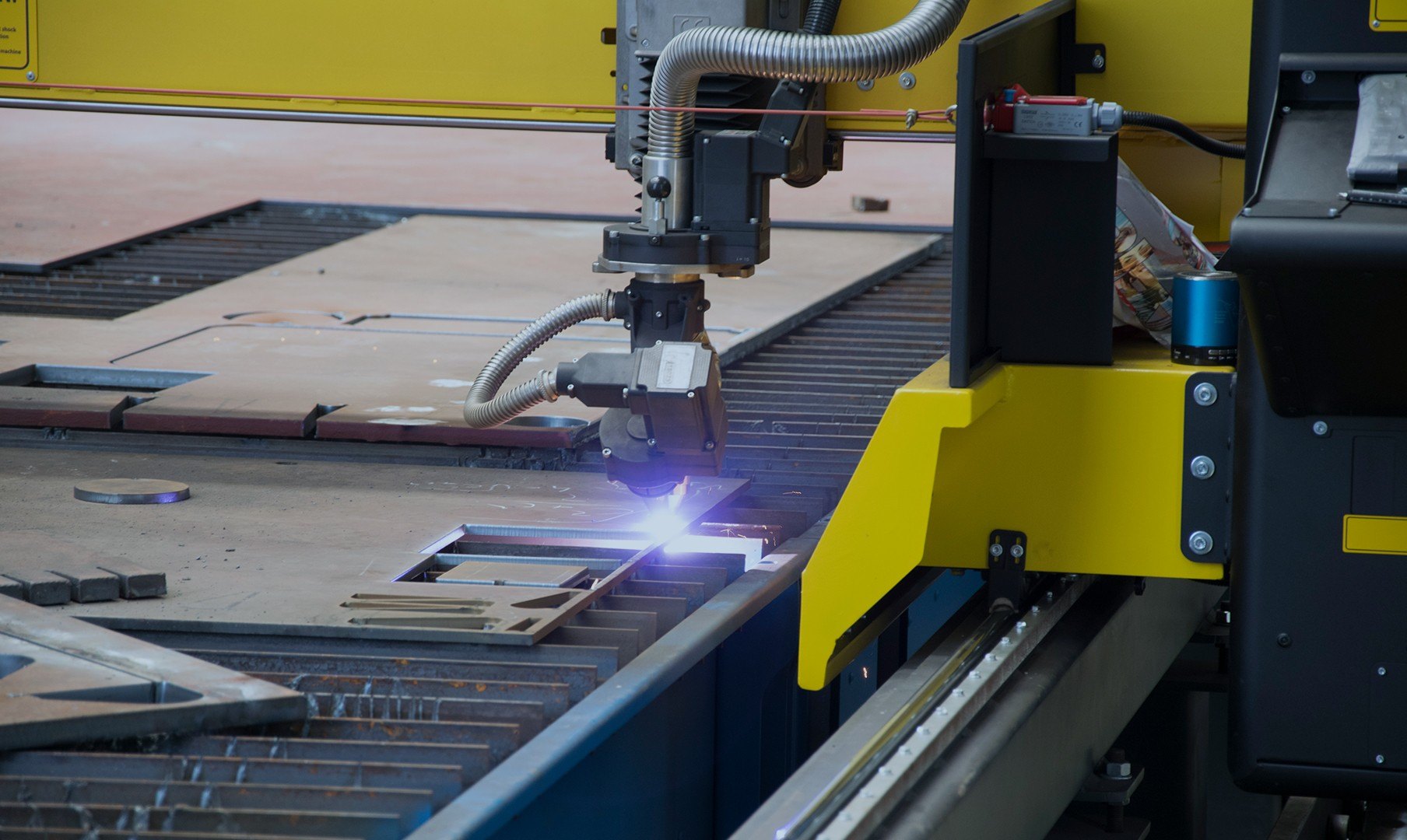 metal cutting  oxycut  plasma cutting