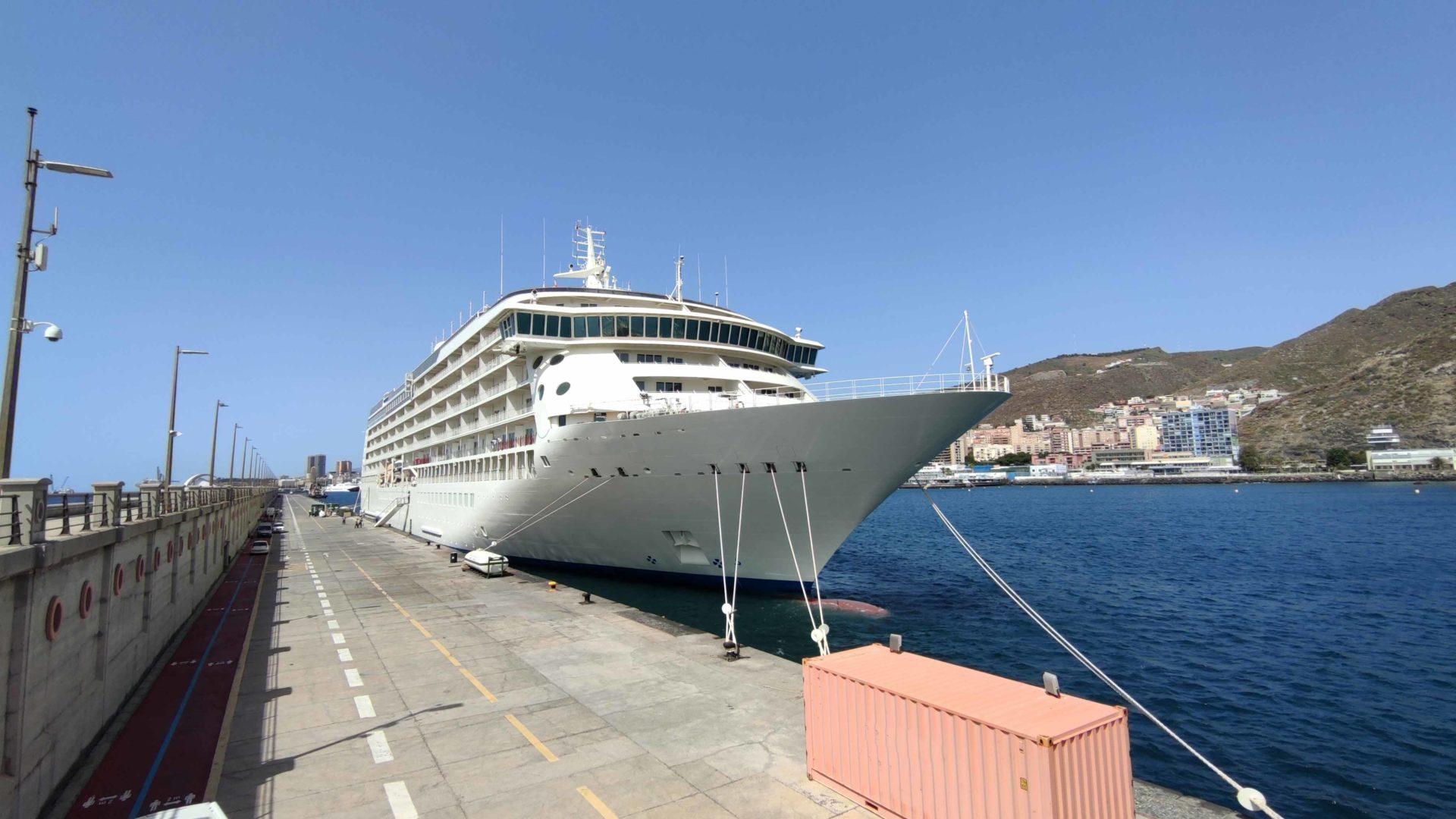 Passsenger-Vessels-Services-ship-repair-and-maintenance